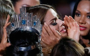 MissUniverse-cry_3531794k
