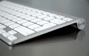 Apple_Wireless_Keyboard_1